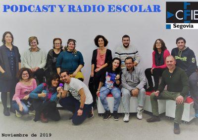 Foto de grupo de los participantes en el curso 'Podcast y Radio escolar', Segovia 2019